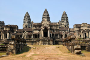 5 Of the Most Awe-Inspiring Hindu Temples